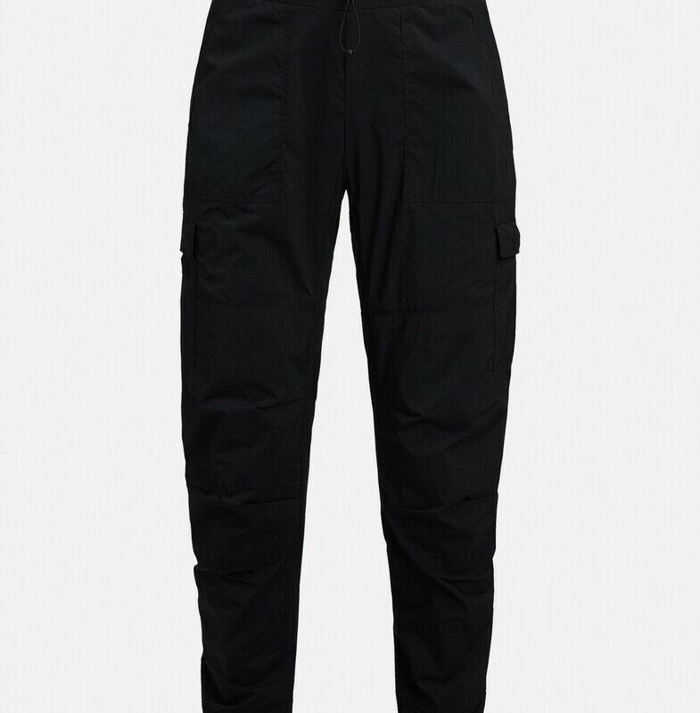 Black (050)